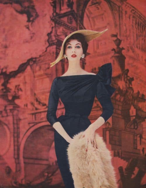 Thin women fashion 50's